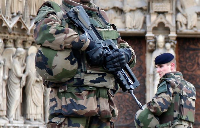 Прокуратура Франции усомнилась в связи задержанных россиян с исламистами