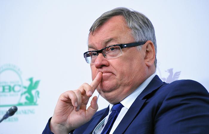 Костин назвал 2015 год самым сложным для российской экономики