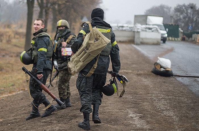 МВД Украины сообщило о 15 погибших и 76 раненных при обстреле Мариуполя