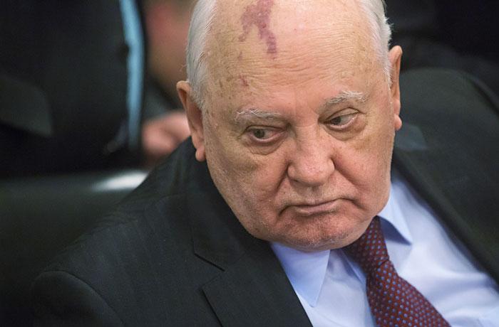 """Горбачев предсказал перерастание начавшейся """"холодной войны"""" в """"горячую"""""""
