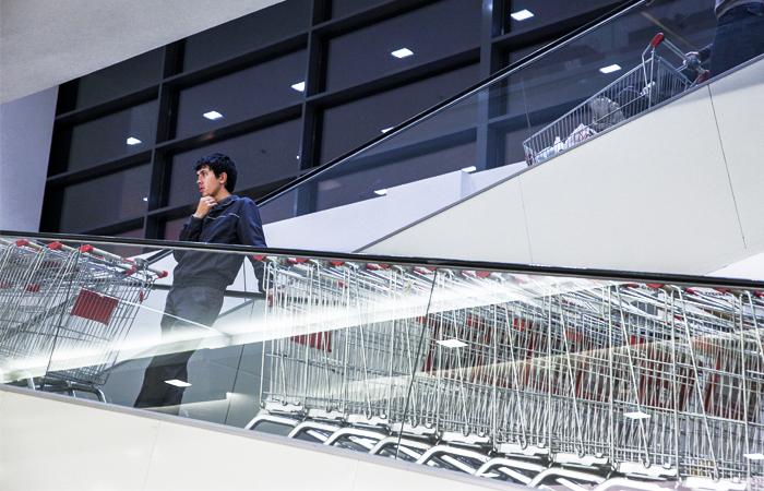 Россияне начали экономить и реже ходить в магазины