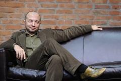 """Экс-гендиректора """"Коммерсанта"""" назвали потенциальным покупателем трети """"Ведомостей"""""""