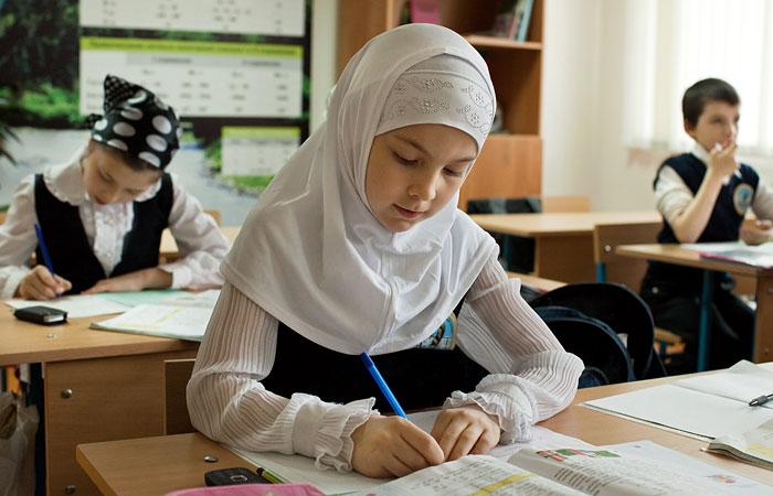 Верховный суд РФ признал законным запрет на хиджабы в школах