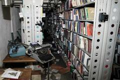 Из пострадавшей от пожара библиотеки ИНИОН вывезли газеты для обработки холодом