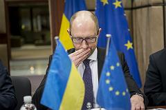 Яценюк решил потребовать у России репарации