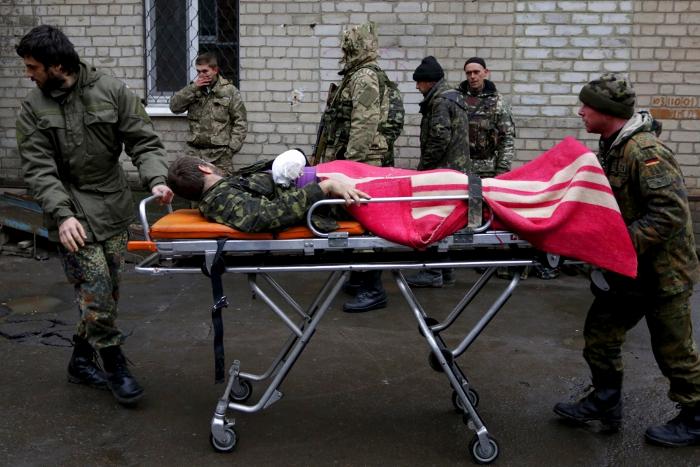 В харьковские больницы доставили более 60 раненых украинских солдат