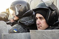 В Харькове во время марша прогремел взрыв