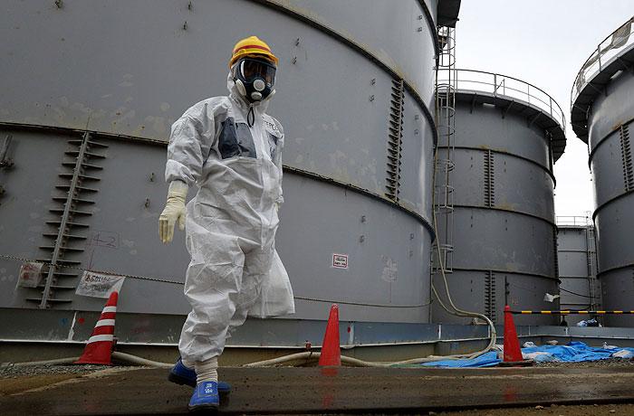 """В Японии произошла новая утечка радиоактивной воды на АЭС """"Фукусима"""""""