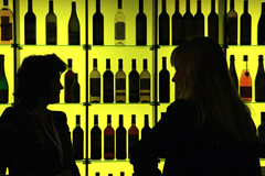 Росалкоголь предложил уменьшить выплаты ритейлерам за продажу алкоголя