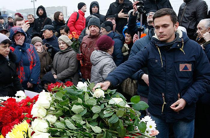 Власти Москвы разрешили проведение траурного шествия в память Немцова