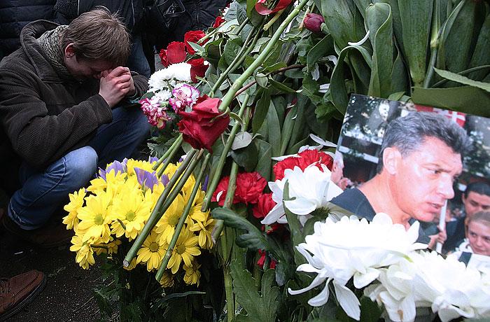 Правоохранительные органы пообещали 3 млн рублей за информацию об убийстве Немцова