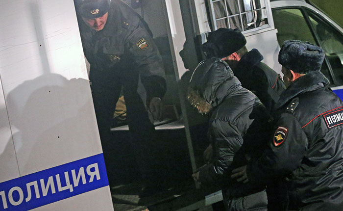 Суд Москвы признал виновным застрелившего двух человек школьника