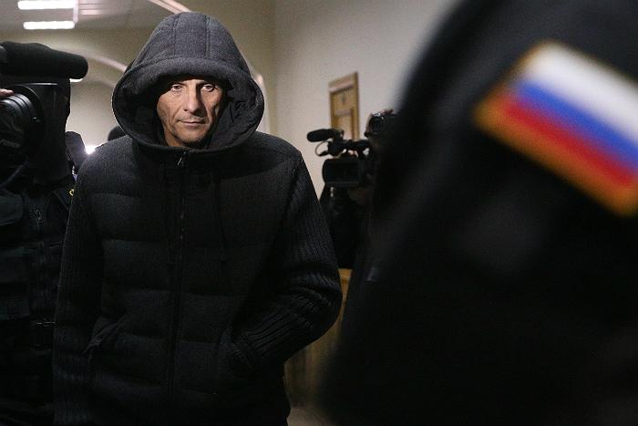Суд арестовал губернатора Сахалина до конца апреля