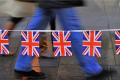 Число обращений россиян за визами инвесторов в Великобританию выросло вдвое