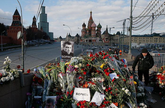 Глава ФСБ заявил о задержании двух подозреваемых в убийстве Немцова
