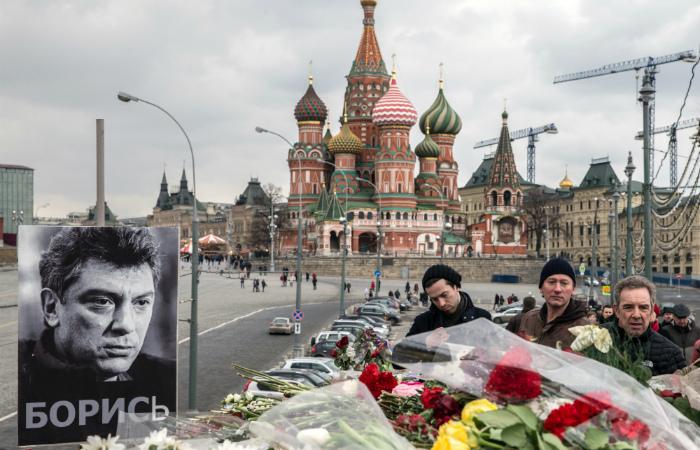 Европарламент потребовал независимого международного расследования убийства Немцова