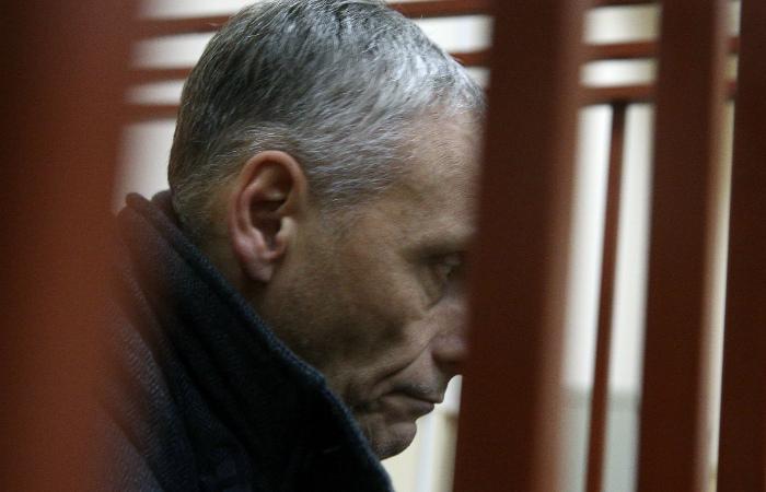 Губернатор Сахалинской области не признал своей вины по делу о получении взятки