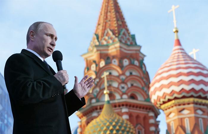 Путин выступил с речью на концерте в честь годовщины присоединения Крыма