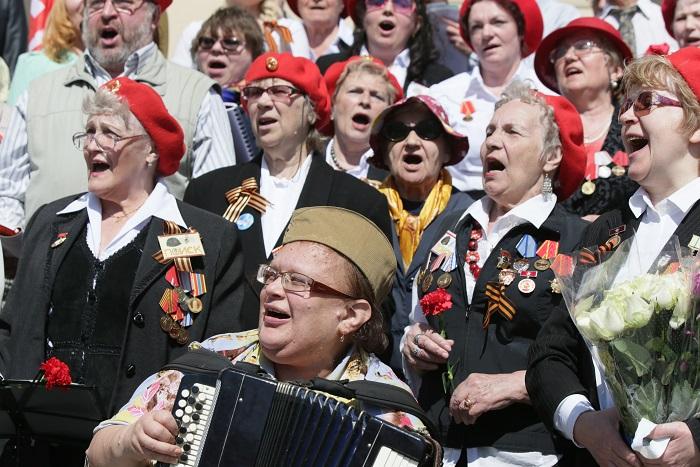 СМИ узнали о квотах для ветеранов на посещение юбилейного парада Победы