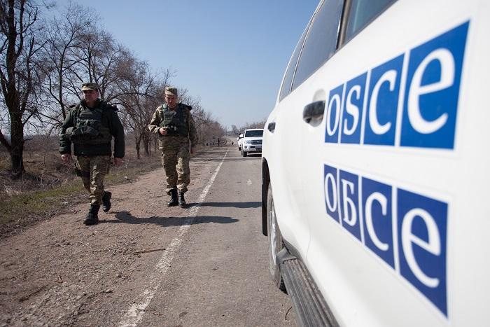 В пригороде донецкой Горловки пассажирский автобус подорвался на мине