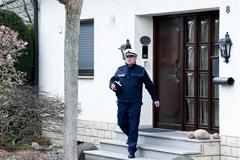 В дом второго пилота разбившегося A320 пришли с обысками