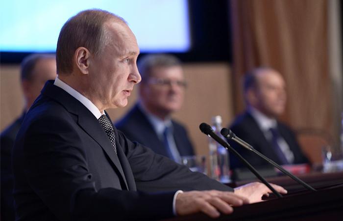 Путин рассказал о работе западных спецслужб и НКО по дискредитации российской власти
