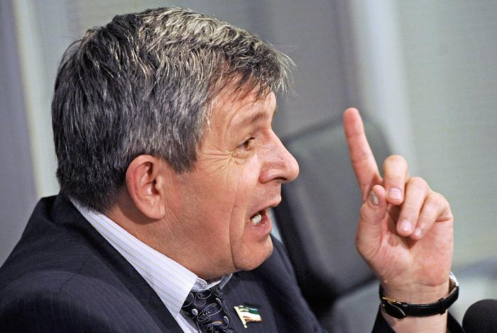 Чечня будет добиваться от ГД и СФ разрешения на поставку оружия в Мексику