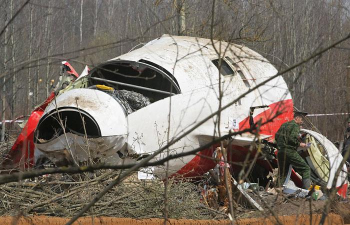 СК отверг обвинения Польши в адрес диспетчеров РФ по делу о крушении самолета Качиньского
