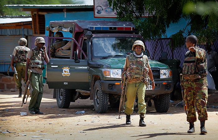 Сомалийские боевики атаковали университет в Кении