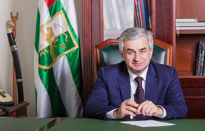 Рауль Хаджимба: появление инфраструктуры НАТО в Грузии - угроза безопасности Абхазии и России