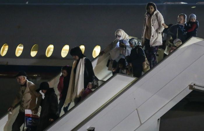 В Москву прилетел еще один самолет с эвакуированными из Йемена россиянами