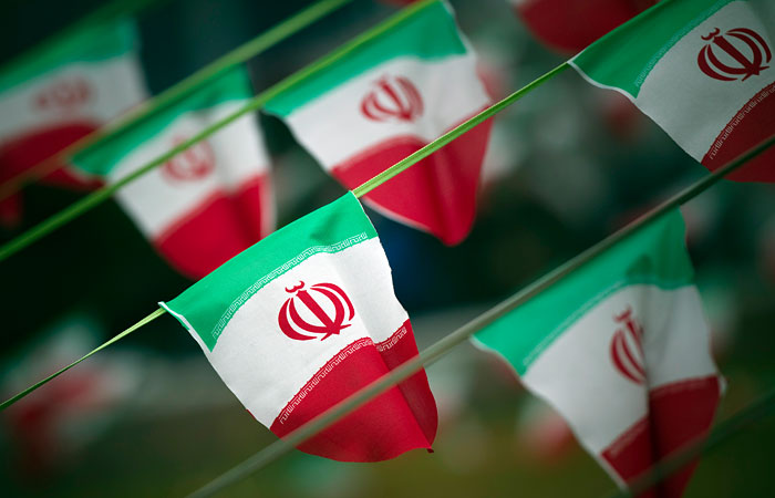 Иран обсудит новые контракты с иностранными нефтяными компаниями