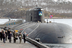 Атомная подводная лодка загорелась на верфи в Северодвинске