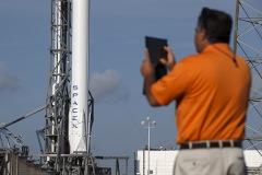 Многоразовая ступень ракеты Falcon 9 не смогла успешно приземлиться