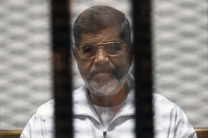Суд Египта приговорил экс-президента Мурси к 20 годам тюрьмы