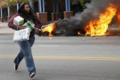 Губернатор Мэриленда объявил чрезвычайное положение из-за беспорядков в Балтиморе