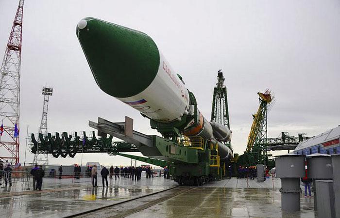"""Роскосмос назвал дату схода с орбиты аварийного """"Прогресса"""""""