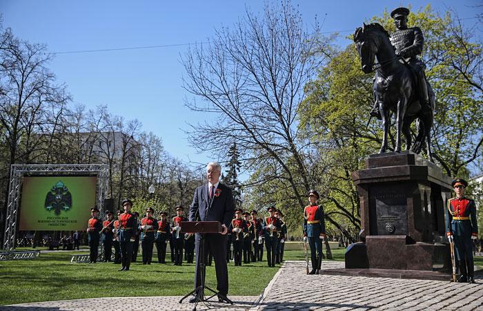 В Москве установили памятник маршалу Рокоссовскому