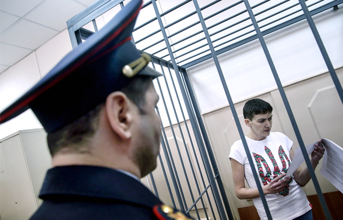 Суд продлил арест Надежды Савченко до конца июня