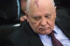 Горбачев назвал отказ западных лидеров приехать в Москву неуважением к победителям фашизма