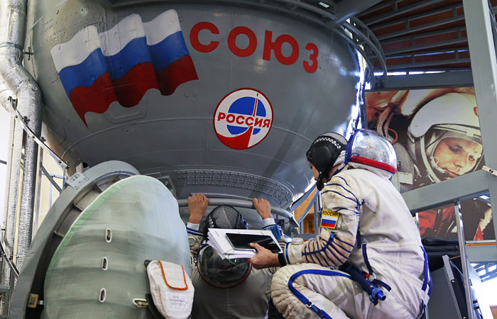 Отправку нового экипажа на МКС решили отложить
