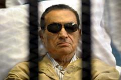 Хосни Мубарака приговорили к трем годам тюрьмы за растрату