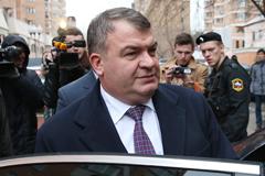 Госдума отказалась проводить расследование в отношении Сердюкова