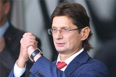 """Федун решил отдать свои полномочия в """"Спартаке"""" профессионалам"""