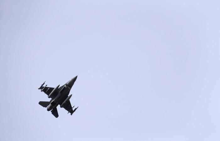 Истребитель военно-воздушных сил Саудовской Аравии сбит неподалеку от столицы Йемена