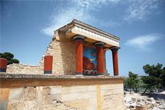 От удара молнии на Крите пострадали почти 20 российских туристов