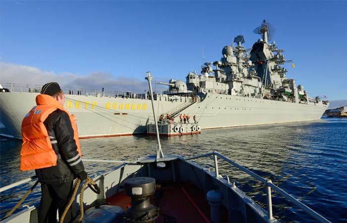 Северный флот проведет масштабные учения по защите интересов России в Арктике