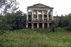 Руины Ропшинского дворца законсервируют из-за недостатка финансирования