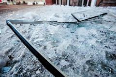 Неизвестные с кувалдами и ломами напали на офис правозащитников в Грозном