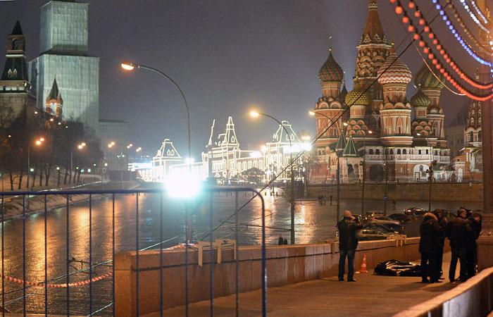 В СКР назвали бредом сообщения об агенте в группе обвиняемых в убийстве Немцова